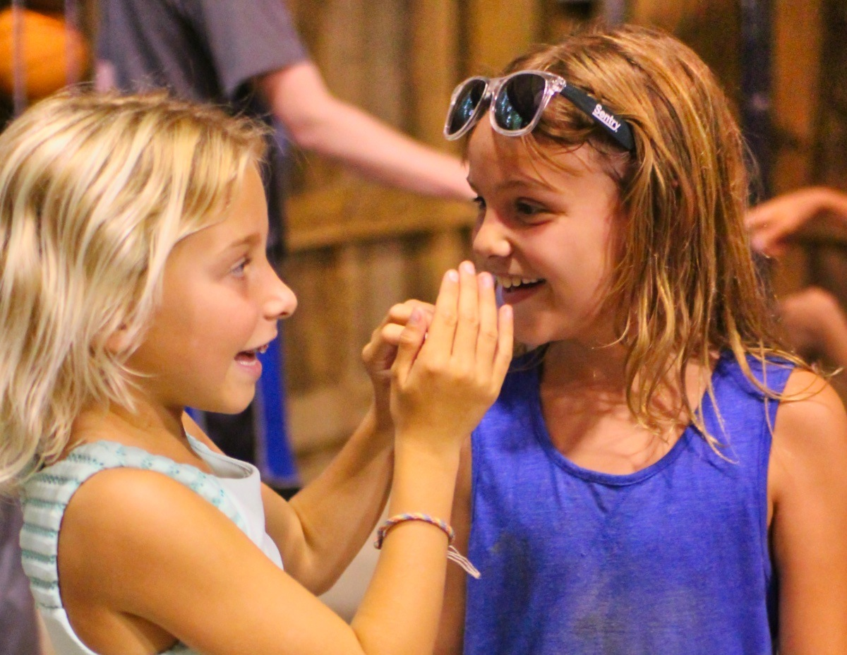 camp helps make friends