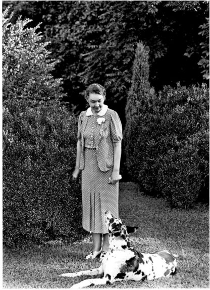 Nancy Carrier and Peggy on The Rockbrook House lawn