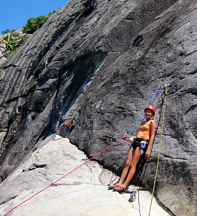 girls rock climbing at Looking Glass