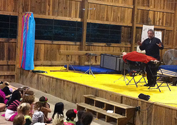 Camps magic show