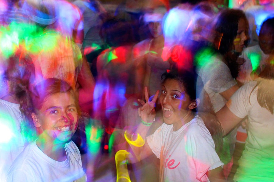 Camp color light dancing