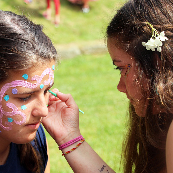 face painting girl campers