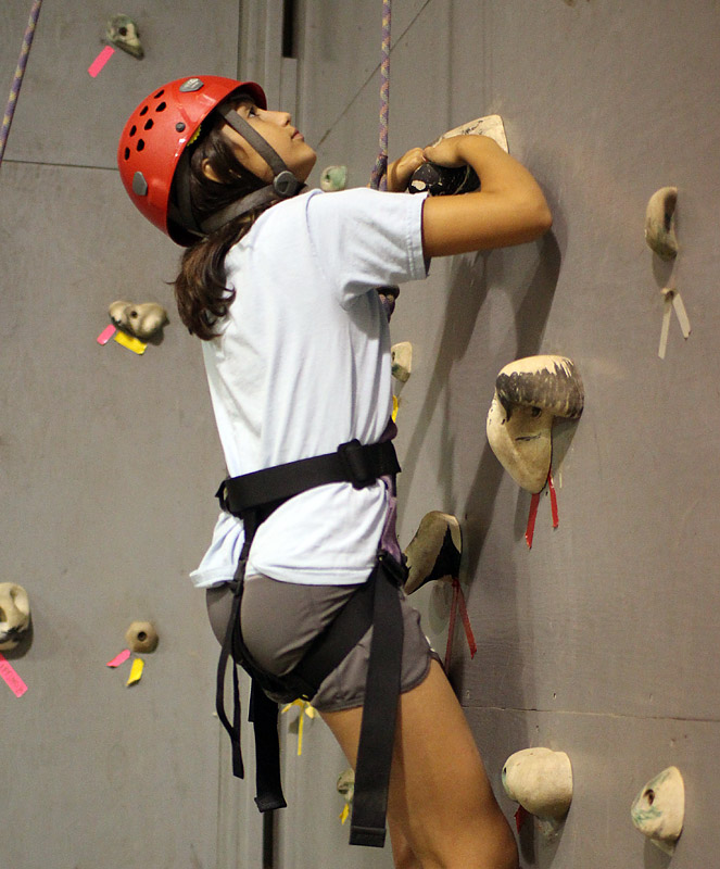 indoor climbing wall camp girl