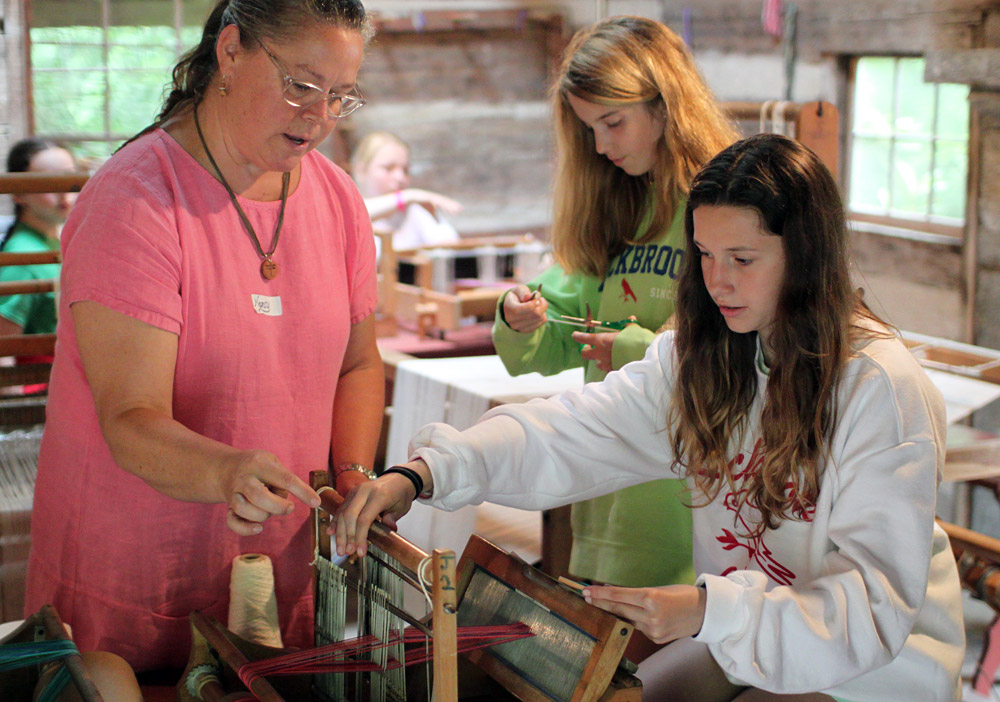 camp-weaving-instructor