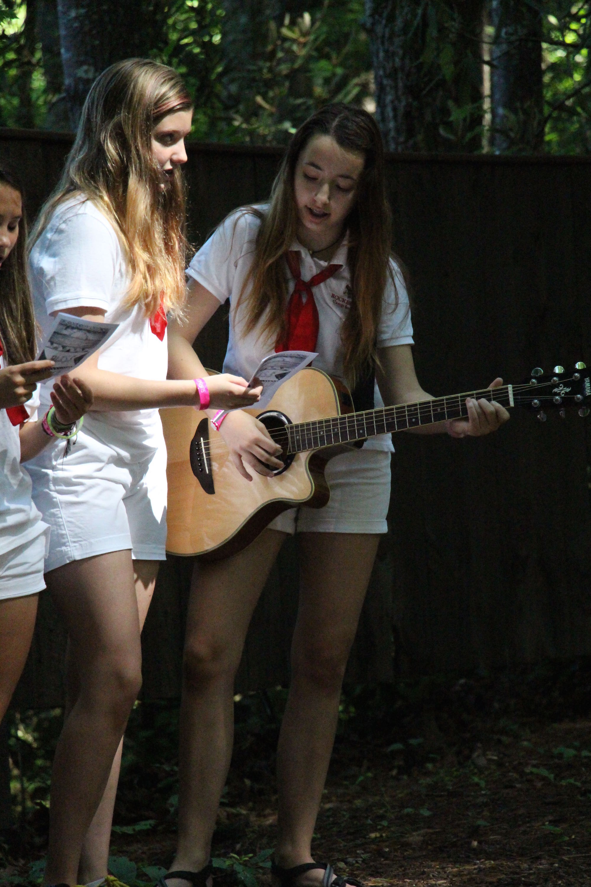 camp girls guitar singing