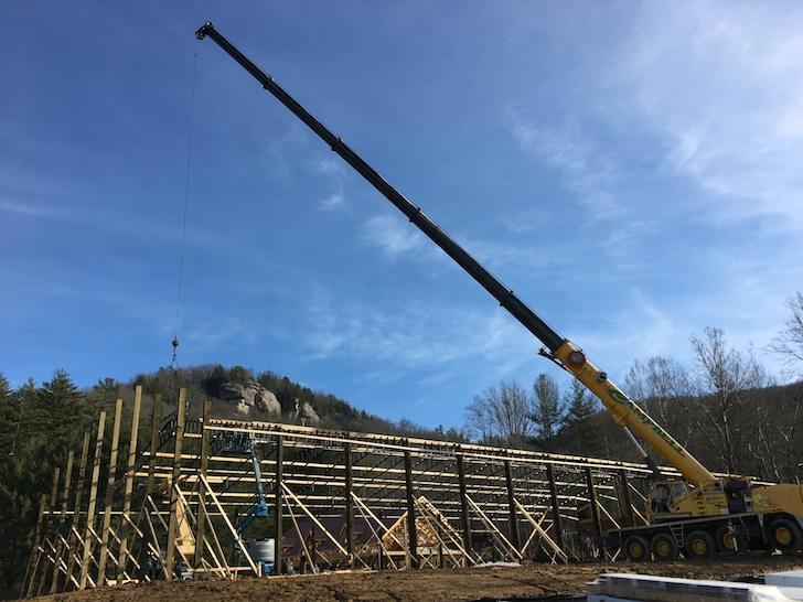 Horse Arena Crane Construction