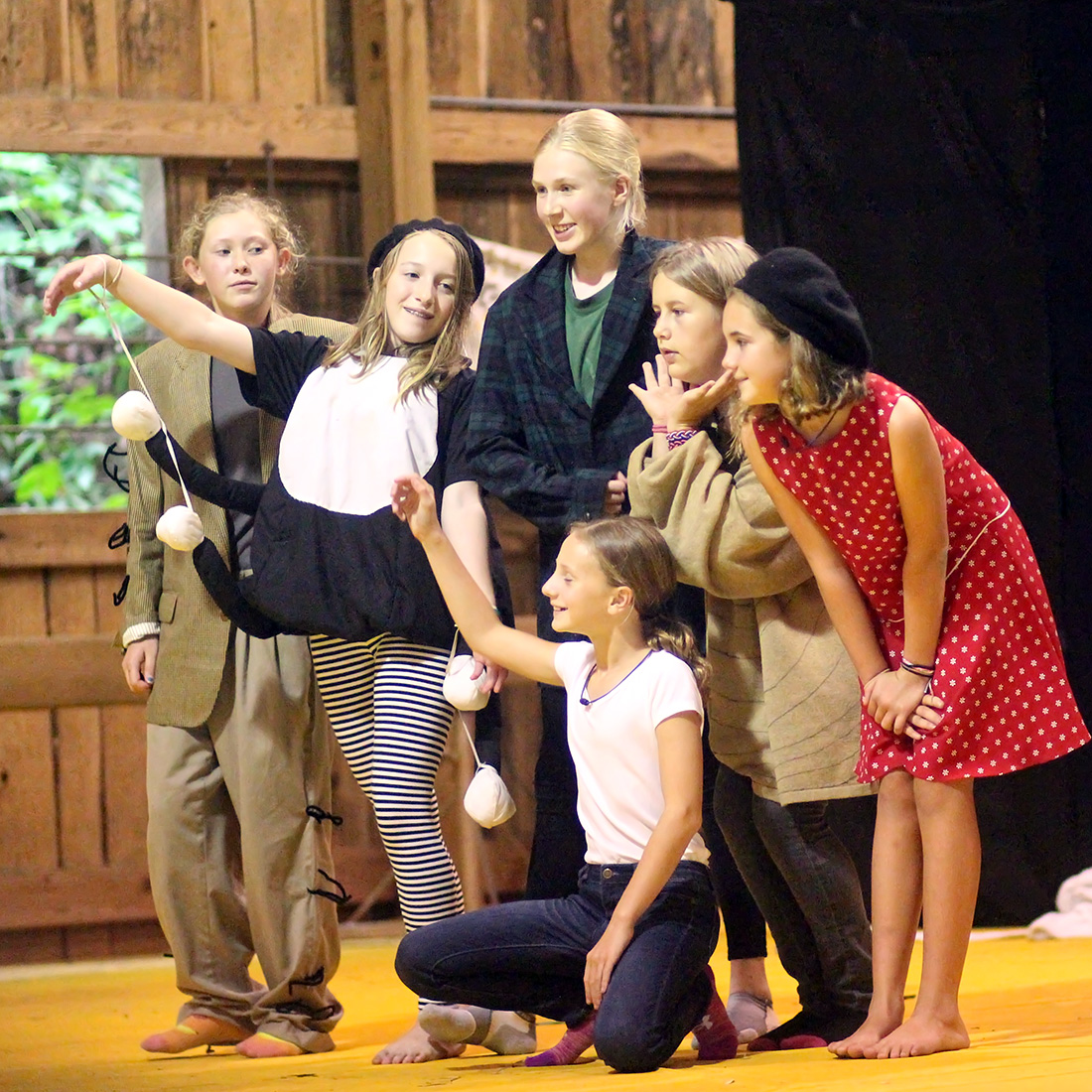 James and the Giant Peach Kids Production