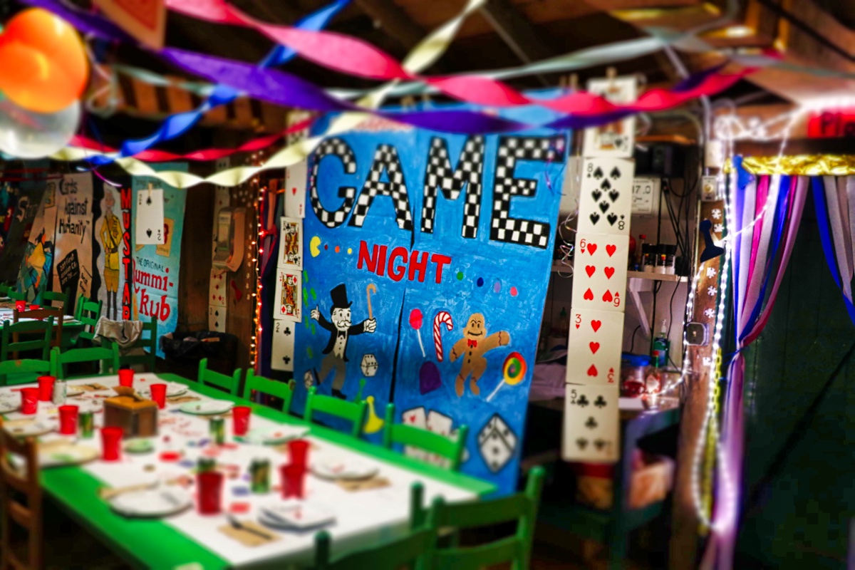 Game night party decoration