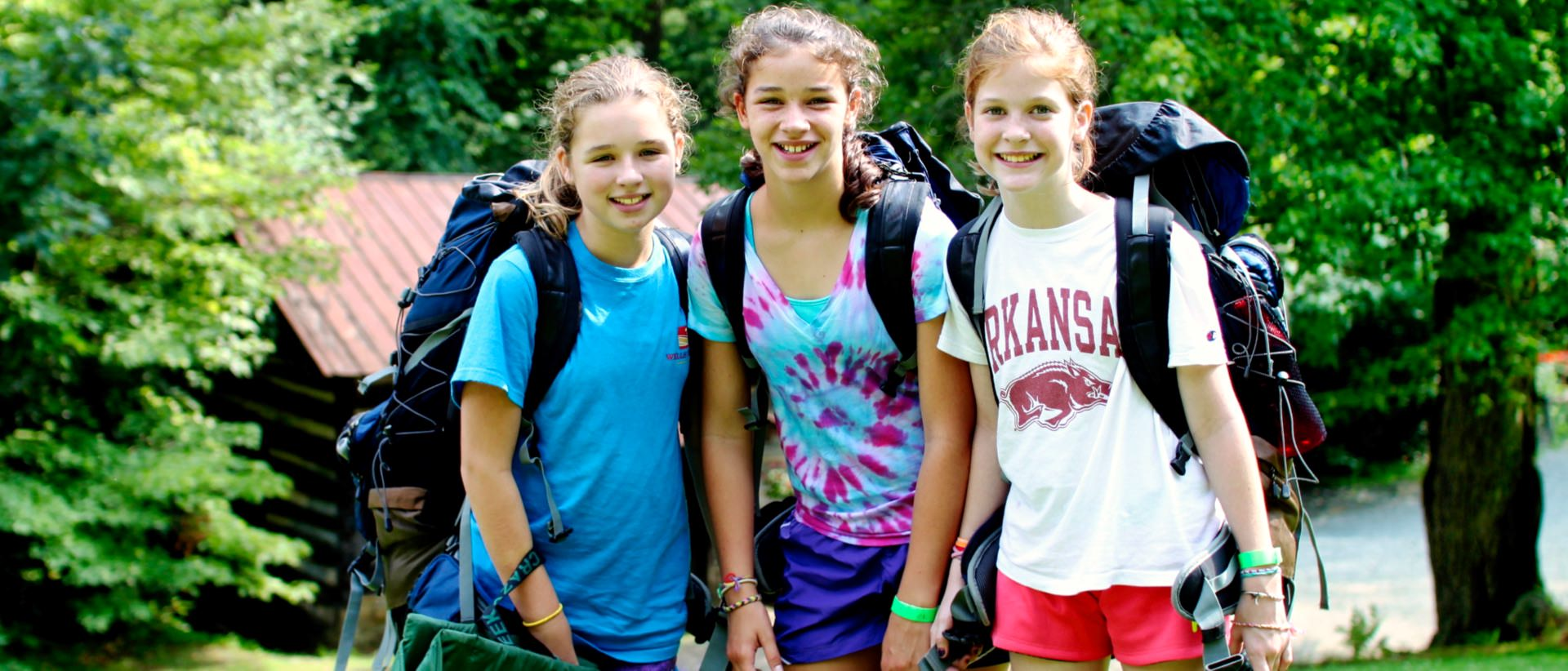 kids backpacking at summer camp