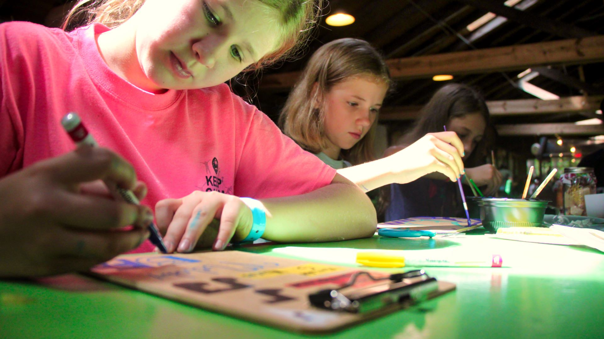 kids painting at summer camp