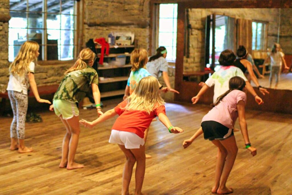 camp dance class for girls