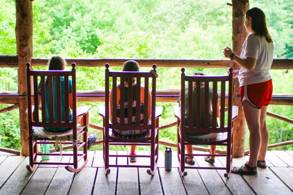rocking-chairs-porch